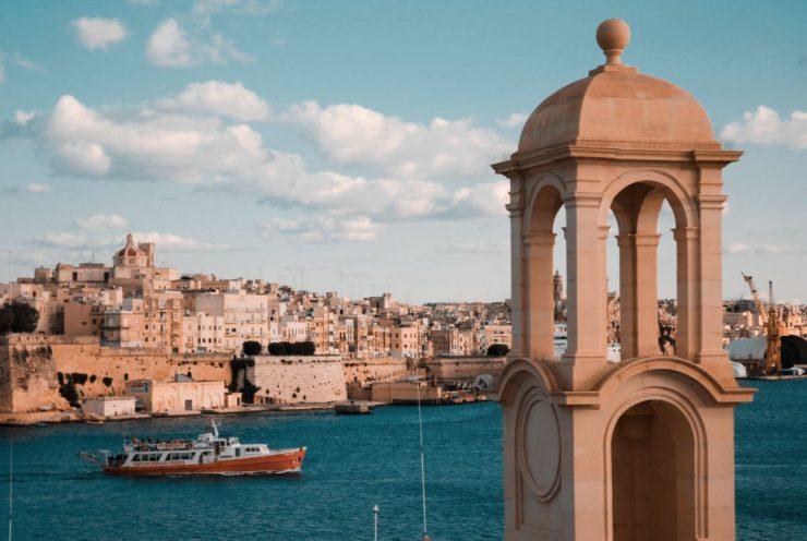 Séjour linguistique à Malte : électricité, bureau de poste et téléphonie
